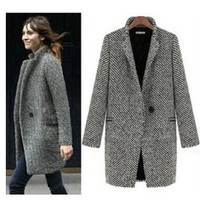 Design a new  winter 2017 grey coat dust coat female medium long-term large European fashion