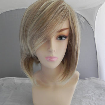 BLACK FRIDAY SALE // Short Straight A Line Wig – Beautiful Luscious Hair, Dirty Blonde Platinum Wig, Cosplay Wig, Costume Wig, Ash Hair