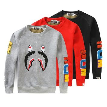 BAPE 2018 autumn and winter new round neck camouflage shark sweater F-A-KSFZ