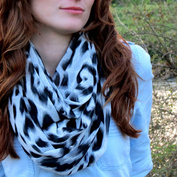 I LOVE this Scarf Leopard, Infinity Scarf Black White Scarf Leopard Pattern, Circle Scarf Loop Women's Fashion Accessories