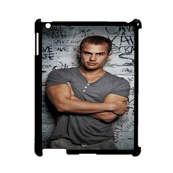 Theo james Arms Span iPad 2/3/4 Case