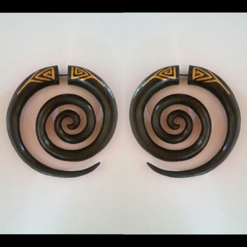 Fake gauge earrings, spiral, wooden earrings, handmade earrings jewelry, organic earrings, organic body jewelry