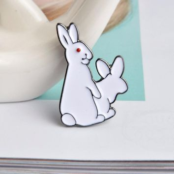 1pc 2 Cartoon White Rabbit Brooch Denim Sweater Lapel Coat Pin Badge Animal Funny Ornament Couple Child Friend Gifts