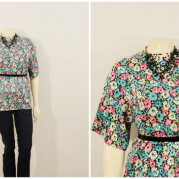 Vintage Blouse Argenti Floral Satin Short Sleeves Shirt Modern Size Medium to Large