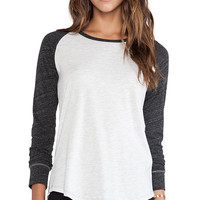 EVER Bi-Color Raglan Tee in Charcoal