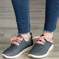 DCCKGE8 TOMS Chambray Dot Sneakers