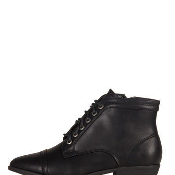 Leather Laced Up Pointy Ankle Boots - 8.5