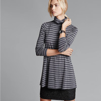 High-Necked Long-Sleeved Striped Knitted Bottoming Dress
