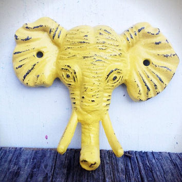 BRIGHT SUNNY YELLOW SHABBY DISTRESSED CAST IRON ELEPHANT HEAD WALL HOOK - JUNGLE SAFARI ANIMAL - *FREE SHIPPING*