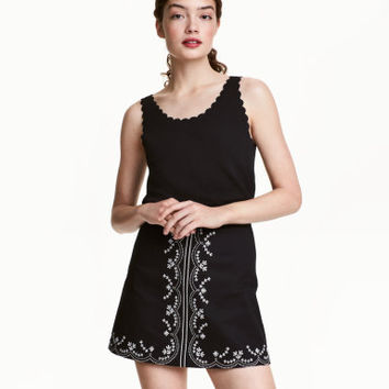 H&M Embroidered Cotton Skirt $29.99