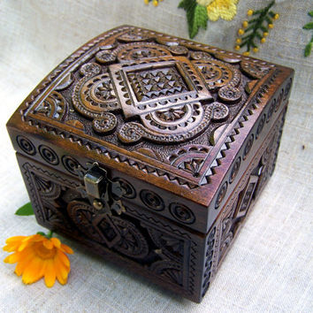 Wooden jewelry box ring box jewelry holders brown box natural wood wood box wooden box wood carvings wedding gifts medieval small box B50