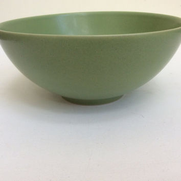 Vintage Swedish ceramic green mixing bowl by Hoganas Keramik. Light green fruit bowl, mixing bowl. Medium green bowl mixing bowl.