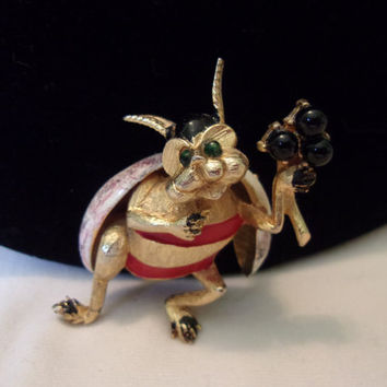 HATTIE CARNEGIE Beetle Insect Bug Brooch Red Black Enamel Gold Plate Vintage Pin