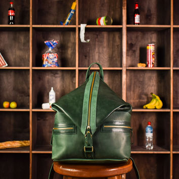 green backpack,laptop backpack,green bag,leather backpack,green leather bag,green handbag,unisex backpack,travel backpack,casual backpack