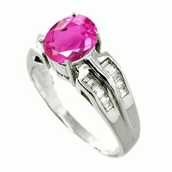 1.24 Carats Pink Sapphire VS Diamond Ring in 18K White Gold