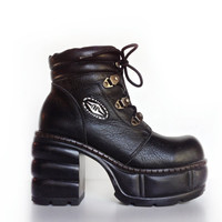 90's Rare Cyber Industrial Leather Platform Chunky Heel Ankle Boots // 7