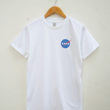 Nasa Tshirt Tumblr Funny Tshirt Teen Shirt Graphic Tshirt Pocket Tshirt Unisex Tee Shirt Women Tee Shirt Men Tee Shirt Short Sleeve Shirt