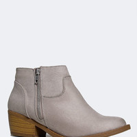 LAWYER BOOTIE