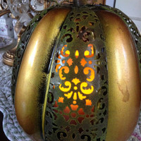 Vintage Harvest Pumpkin Electric Copper Color With Bronze Open Leaf Design And Three Way Electric Candle