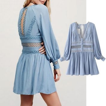 Fashion is hollow-out the wind dress lace holiday