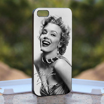 The Sexy Legend Marilyn Monroe Black And White - Design available for iPhone 4 / 4S and iPhone 5 Case - black, white and clear cases
