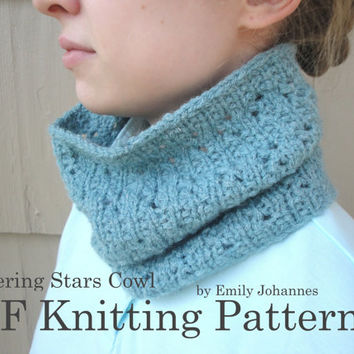 PDF Knitting Pattern - Flickering Stars Cowl, Hand Knit Alpaca Cowl Scarf Loop Circle Tube, Women Teens Tweens Girls