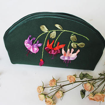 Fabric cosmetic bag Green pink pouch Elegant gift for her Zipper makeup pouch Flowers makeup bag Large cosmetic bag Cotton makeup pouch