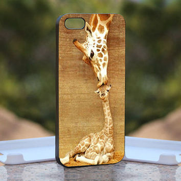 Giraffe Kisses - Design available for iPhone 4 / 4S and iPhone 5 Case - black, white and clear cases