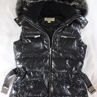 "~~~ SO OMG! ~~~ MICHAEL KORS BLACK SLEEVELESS PUFFER ""FOX FUR"" JACKET/VEST ~ S"