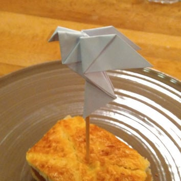 Dove cupcake topper, origami cupcake topper, origami wedding dove, wedding dove, cupcake dove, white dove