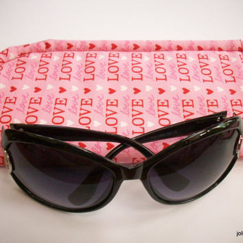 Valentine Sunglass Case Padded Protective Pouch Love is in the Air