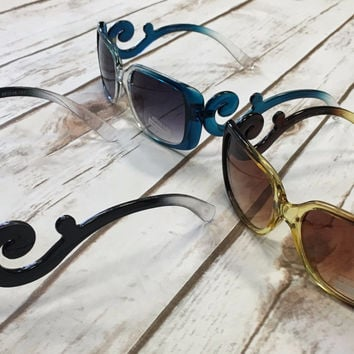Swirled Out Sunnies