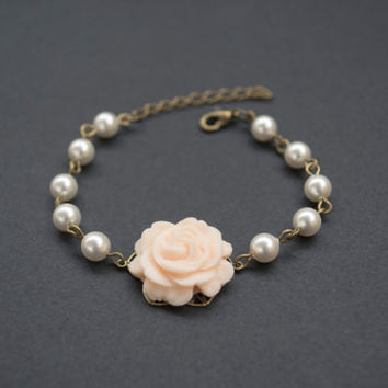 Polymer Clay Peach Rose Bracelet. Swarovski Pearls Beaded Bracelet. Pearl Bracelet. Flower Bracelet. Antique Brass