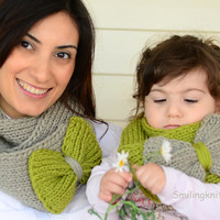 Mother and Daughter  Gift, Infinity Scarf, Mothers Day Gift, Set of 2, Chunky Cowl, Neck Warmer, Pistachio Green and  Smoky Grey