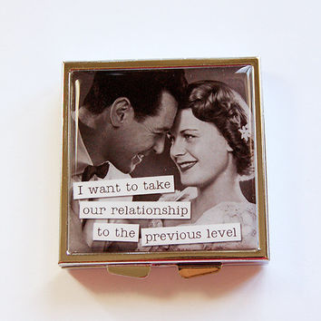 Funny pill box, Pill Case, Pill Box, Funny pill case, 4 Sections, Square Pill case, Humor, Retro, relationship, previous level (4350)