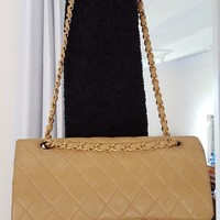 CHANEL Double Flap 25 Quilted CC Logo Lambskin w/Chain Shoulder Bag Beige/p105