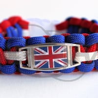 Union Jack Great Britain Flag Inspired ALLOY Charm on Cobra 550 Paracord Survival Strap Bracelet w/ Plastic Contoured Side Release Buckle