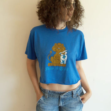Vintage Blue Lion and Lamb Peace on Earth cut Off Crop Top