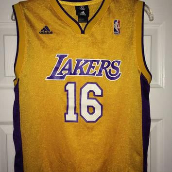 Sale!! Vintage Adidas LA Los Angeles LAKERS NBA Jersey Basketball tee shirt