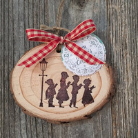 Christmas Carolers Wood Ornament, Nostalgic Christmas Ornaments, Rustic Christmas Ornament, White Pine Wood Ornament, Woodland Ornaments