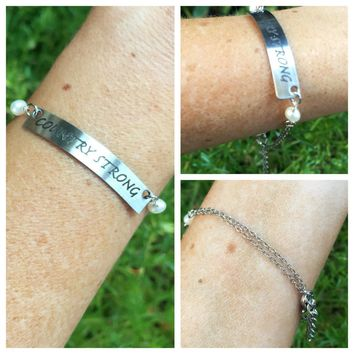 """COUNTRY STRONG"" Bar Bracelet"