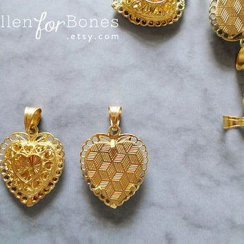 Gold Intricate Hollow Heart Pendant Filigree Charm Ornate 3D Love Valentines Jewelry Supplies ∙ 1pc