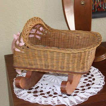 Vintage Doll Crib - Wicker Doll Crib - Doll Cradle - Collectable - Gift