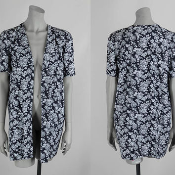 SALE Vintage 80s Blazer / 1980s Black and White Floral Short Sleeve Boyfriend Jacket One Size