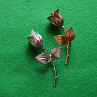 Vintage Lot Of 2 Rose Bud Floral Pins Or Brooches Marked GIOVANNI One Gold Tone One Silver Tone Circa 1970s