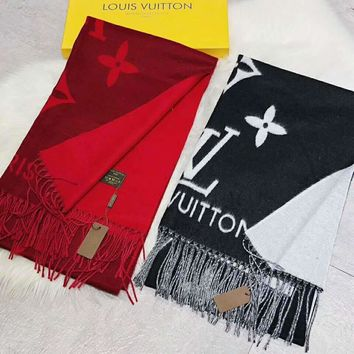 LV Louis Vuitton Popular Stylish Cashmere Tassel Cape Scarf Scarves Shawl Accessories