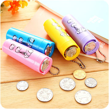 1Pcs Cartoon Plastic Piggy Bank Coin Holder Portable Purse 8.5x3x2.5cm Round Money Box Change Organizer Tube Saving box for kids