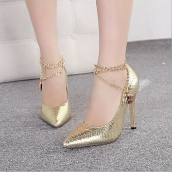 ESBON Fashion metal chain pointed high-heeled shoes