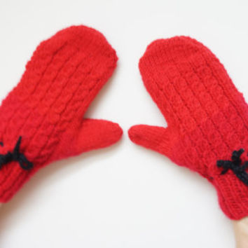 Handmade Mittens Gloves Children Retro acrylic soft vintage knitted red black Easter Christmas crochet Lithuania Russia 1990s