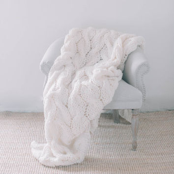 Chunky Knit Accent Throw Blanket, housewarming gift, comfy, cozy